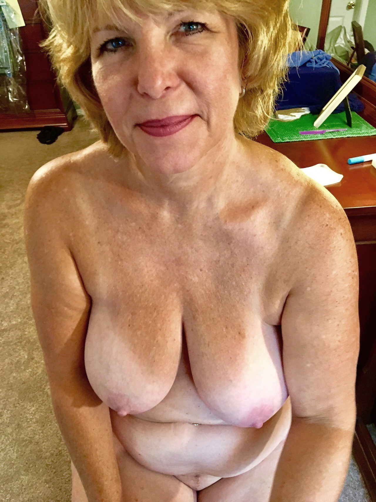 Mature Selfie Tits photo 7