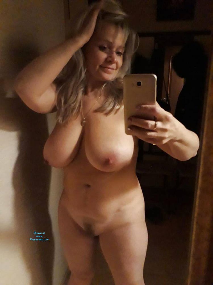 Mature Selfie Tits photo 19