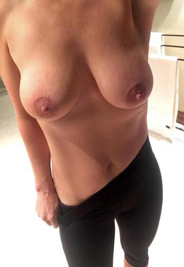 Naked College Girls Reddit photo 5