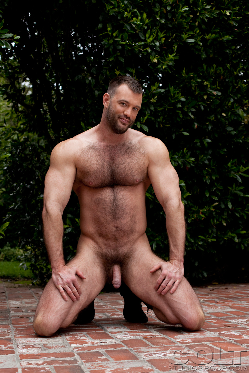 Naked Men Blogspot photo 22