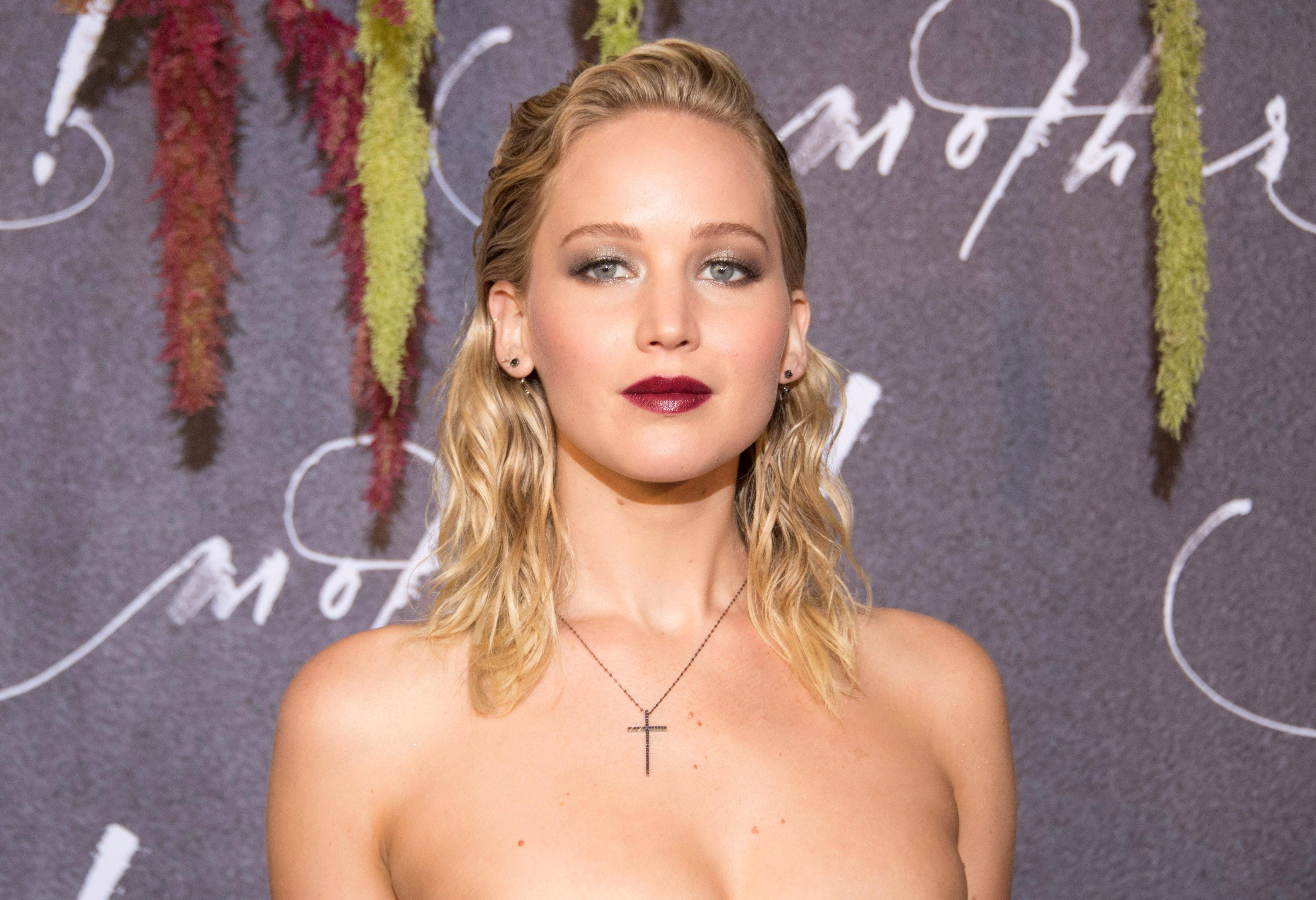 Naked Pics Of Jennifer Lawerence photo 22