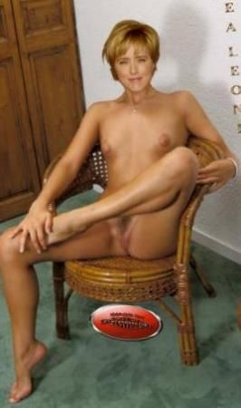 Naked Pictures Of Tea Leoni photo 22