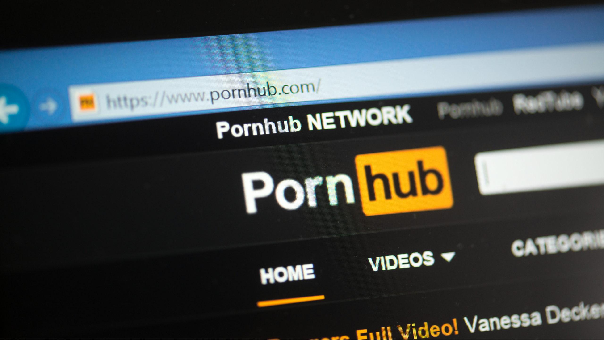 Not Porn Reddit photo 14