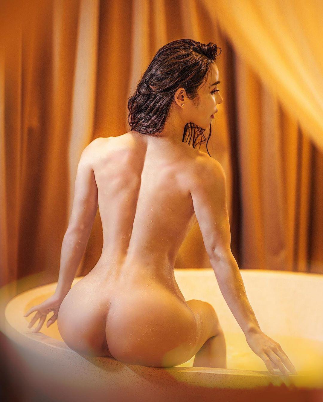 Nude Bath Photo photo 28