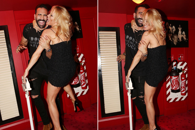 Pamela Anderson Gets Fuck photo 2