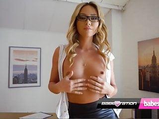 Porn Strip Tease photo 2