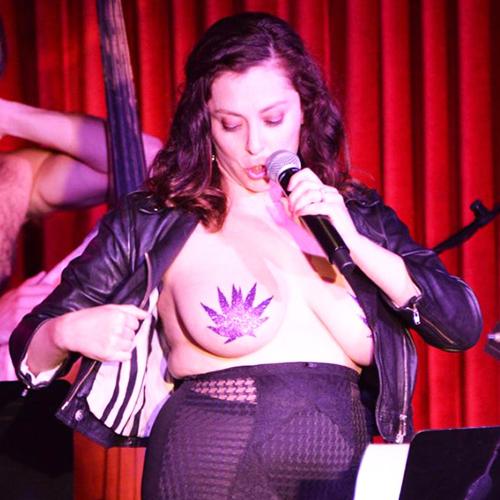 Rachel Bloom Big Tits photo 30