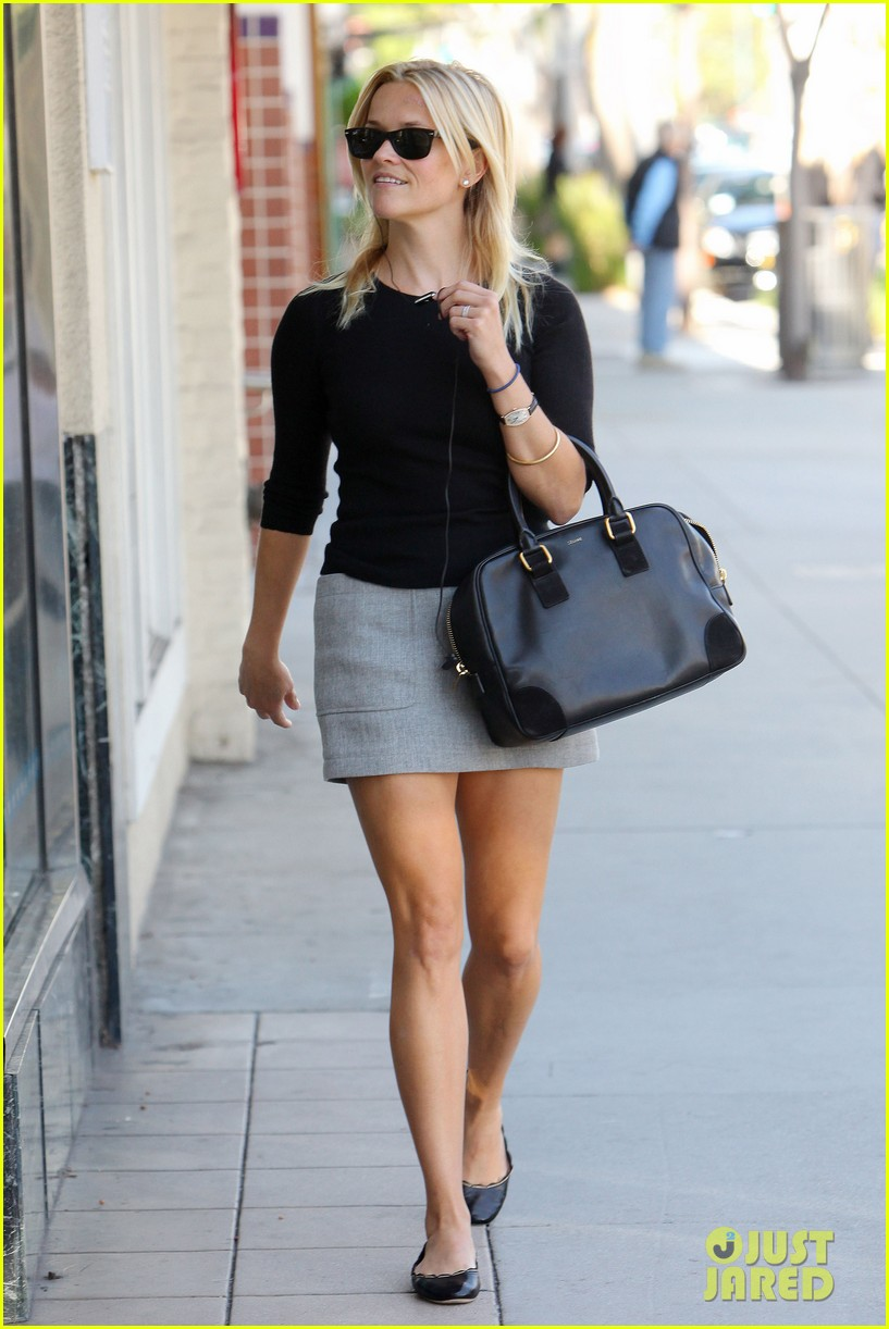 Reese Witherspoon Soles photo 27