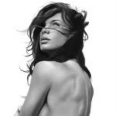 Rhona Mitra Model photo 6