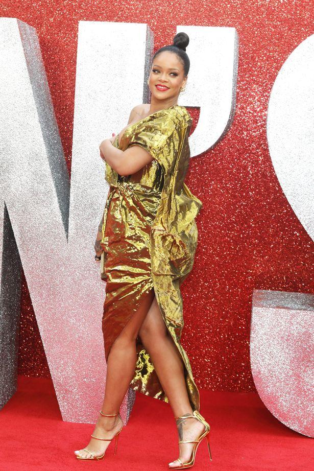 Rihanna Boob Slip photo 3