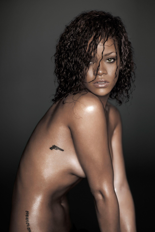 Rihanna Sexy Photoshoot photo 10