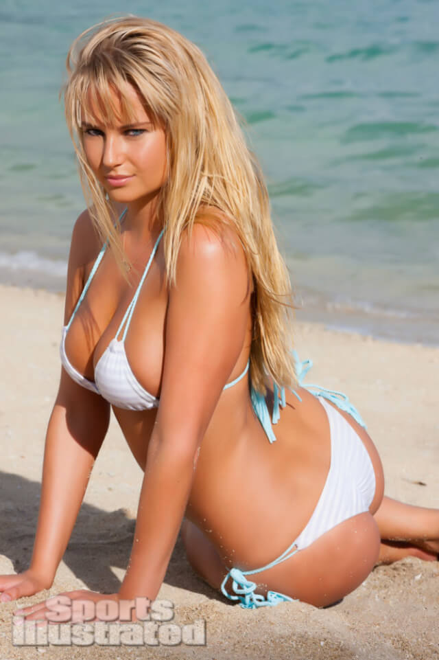 Sexiest Sports Illustrated Swimsuit Pictures photo 5