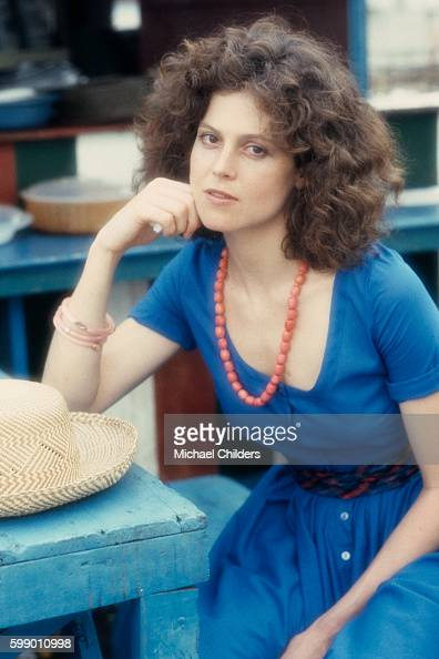 Sigourney Weaver Hot Photos photo 22