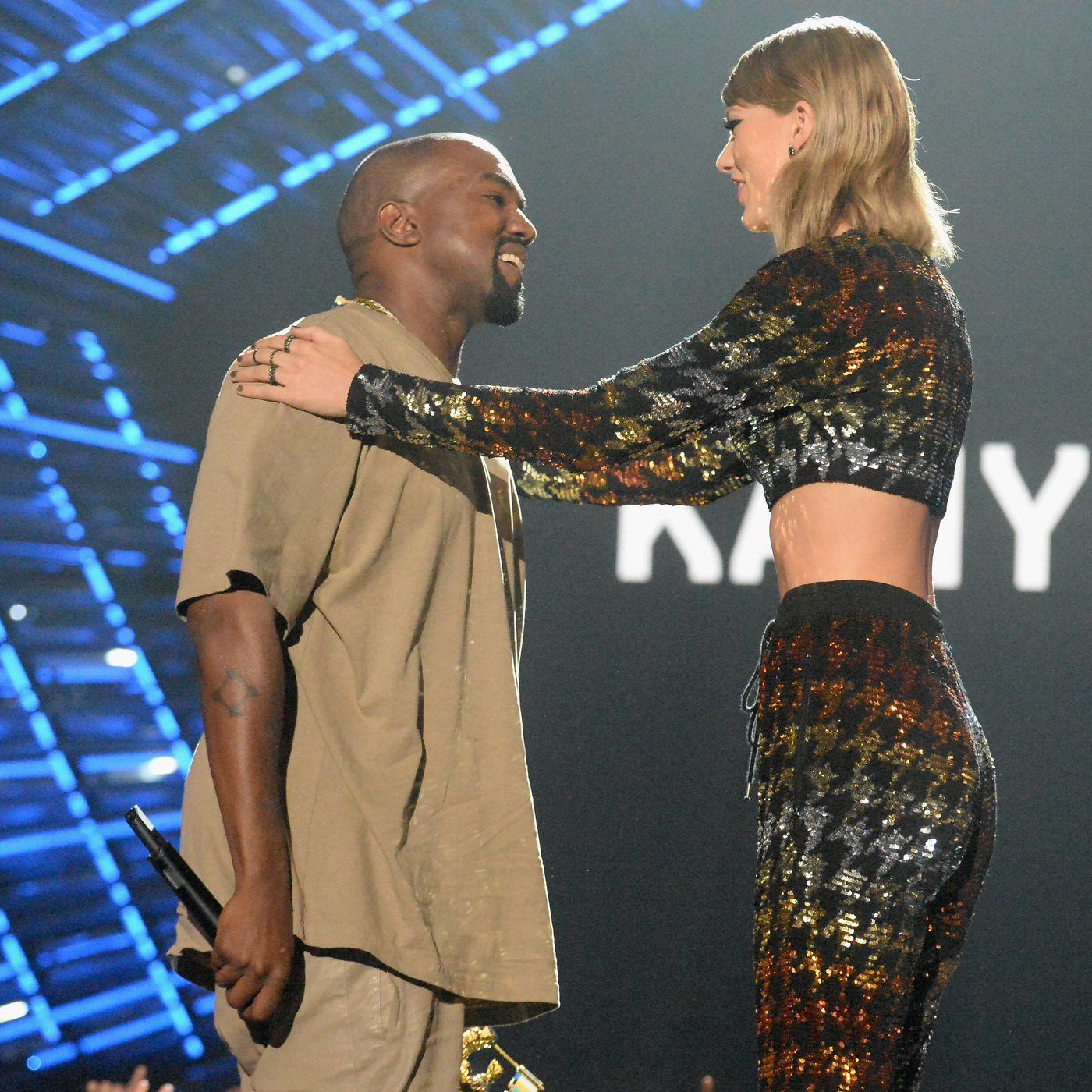 Taylor Swift Leaked Photo photo 8