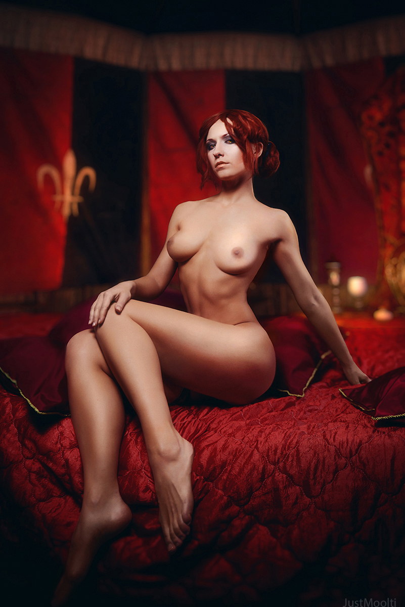 Triss Naked photo 4
