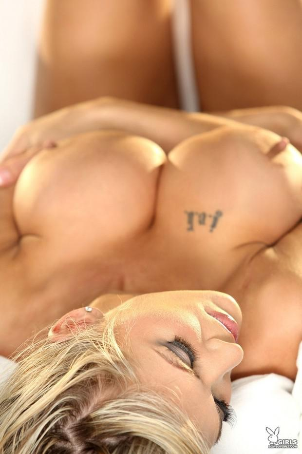 Valerie Cormier Naked photo 10