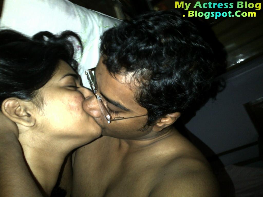Vasundhara Kashyap Leaked photo 22