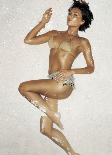 Victoria Beckham Hot photo 18