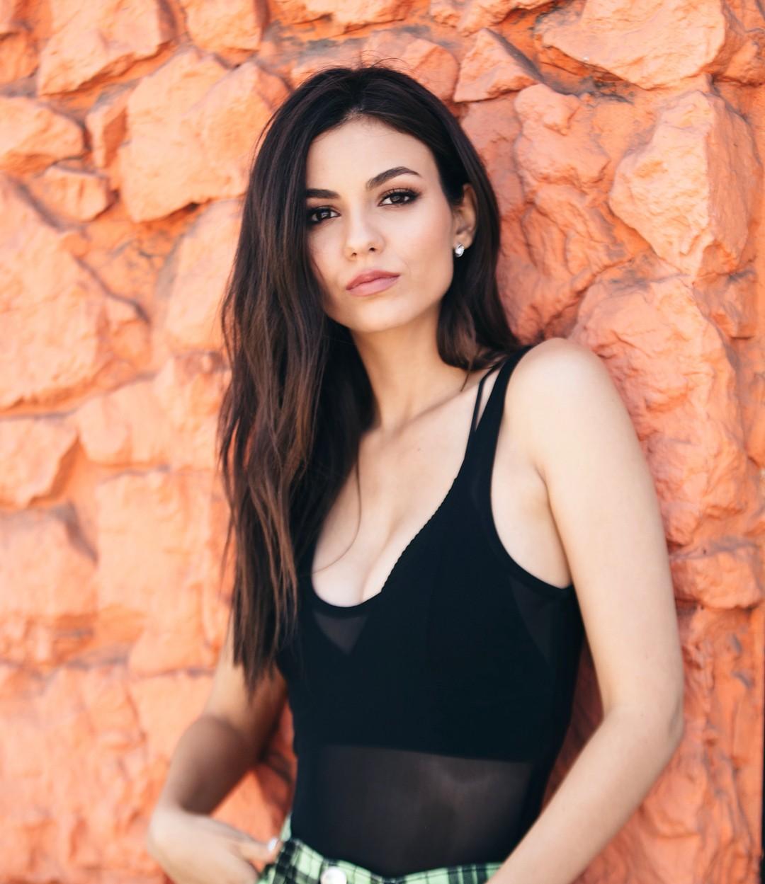 Victoria Justice Fap photo 20