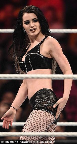 Wrestler Paige Porn photo 20
